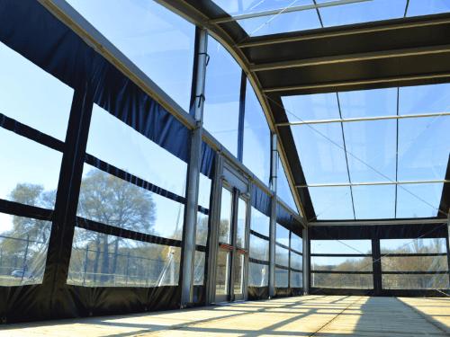 Transparante-zijwanden-kadertent-arcadetent